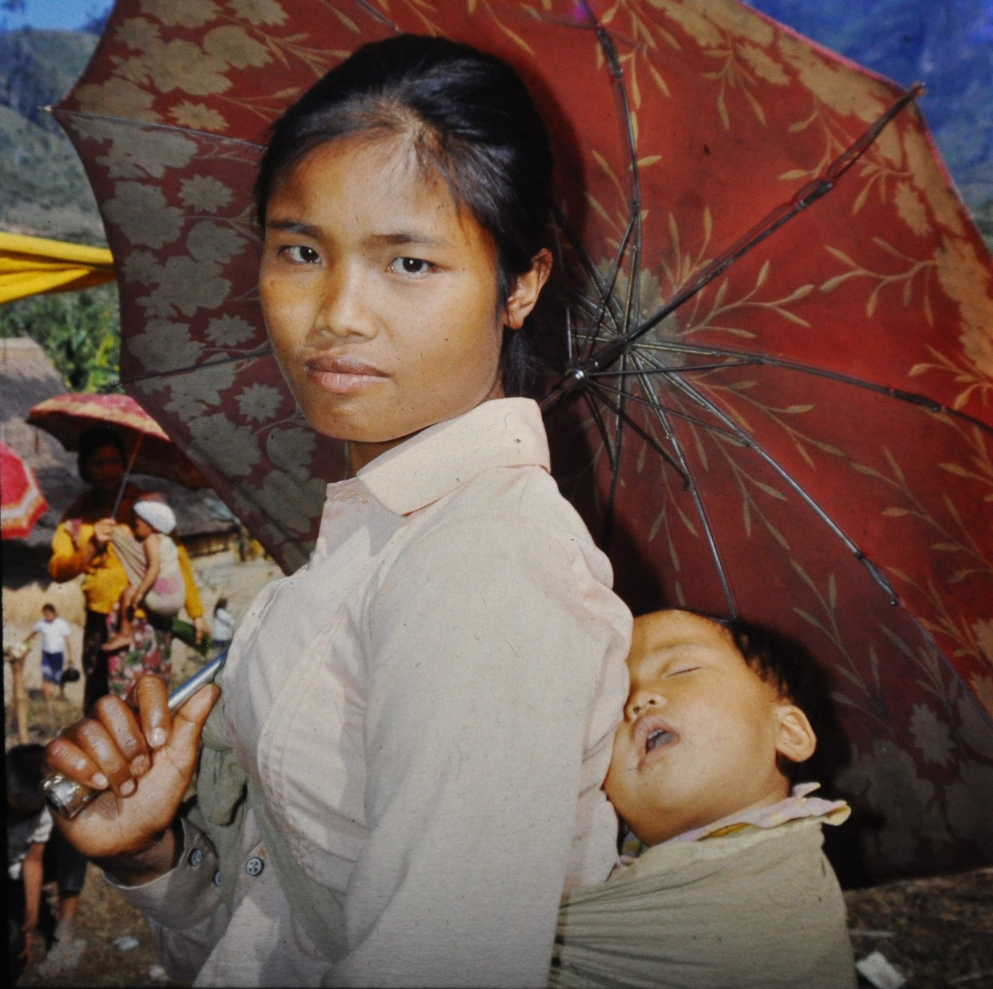 Lao refugee lady with child